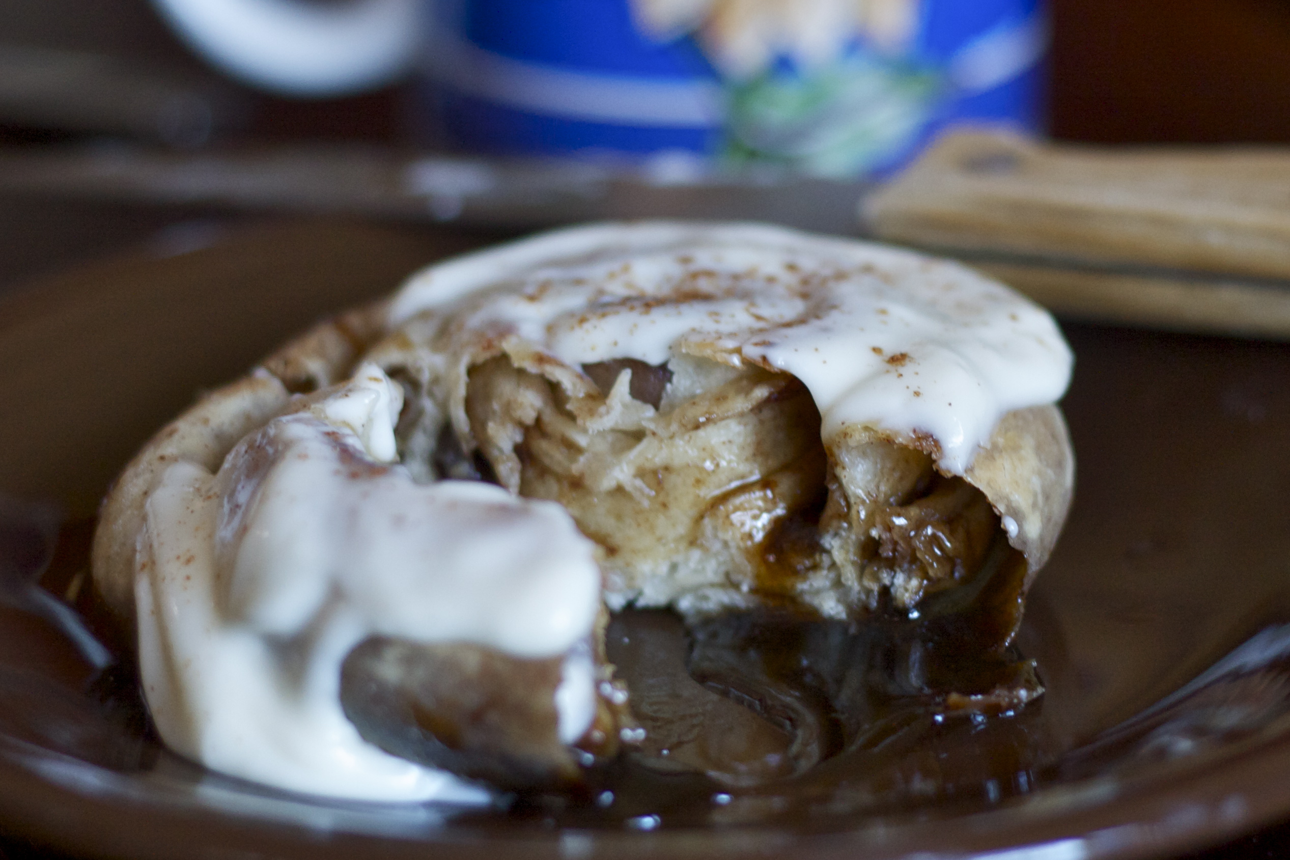 quick and easy cinnamon rolls by Edible Times